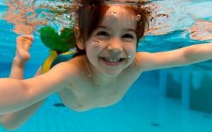 Бассейн на даче — способ укрепления иммунитета ребенка