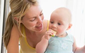Ученые: детей нужно приучать жевать медленно