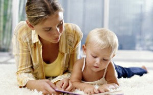 Обучать ребёнка алфавиту нужно в игровой форме