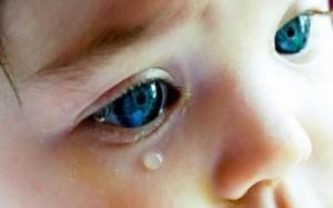 Маленькие дети знают, как вести себя со злыми взрослыми