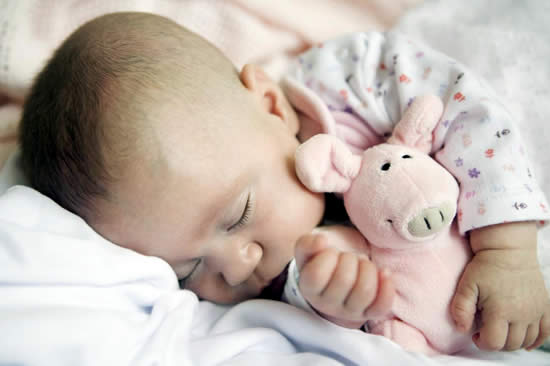 Советы по приучению малыша к отдельному от мамы сну