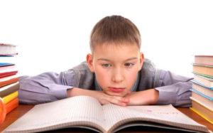Почему ребенок начинает получать плохие оценки в школе?