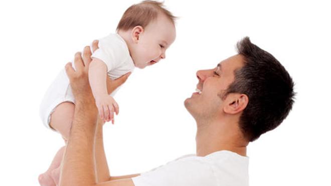 Ученые назвали идеальный возраст для отцовства