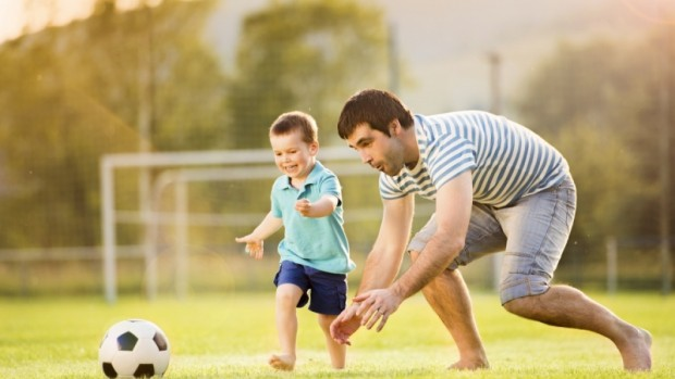 Качество отношений с отцом играет важную роль в предотвращении развития ожирения