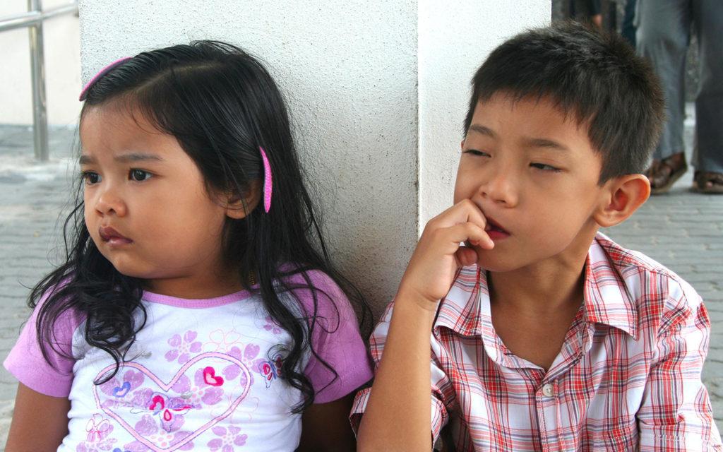 Грызть ногти и сосать палец в детстве полезно для иммунитета