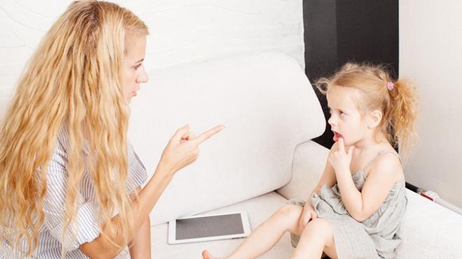 Жестокость родителей может стать причиной появления рака у детей