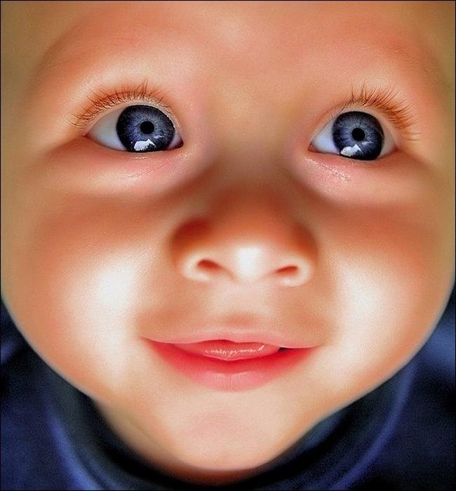 О важности родительских объятий для ребенка. Носить нельзя оставить?