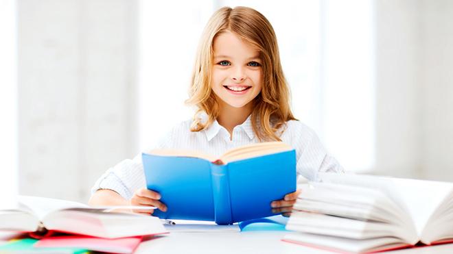 Ученые определили, как дети учатся читать