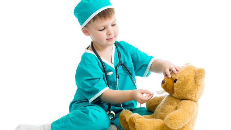 Ребёнок обжегся, травмировался или выпил лекарство? «Скорая помощь» для родителей