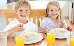 Недосыпание у дошкольников приводит к перееданию