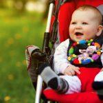В коляске Bugaboo Cameleon ребёнку удобно изучать окружающий мир