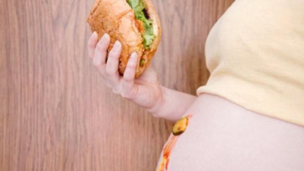 Беременные женщины, придерживающиеся американского рациона питания, чаще имеют детей с ожирением
