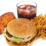 Реклама фаст-фуда влияет на поведенческие реакции детей, склонных к ожирению