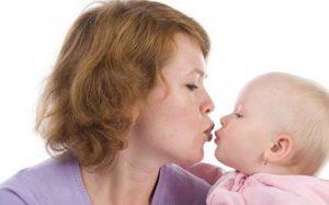 Дети, рожденные от пожилых матерей, реже страдают от поведенческих и эмоциональных проблем
