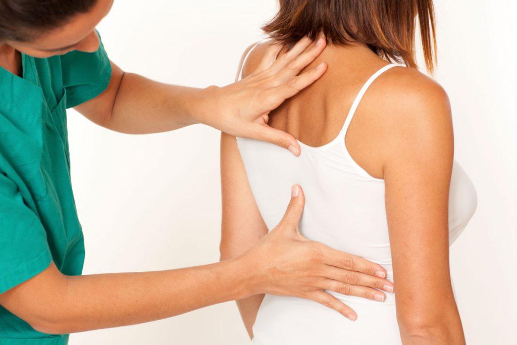 3 способа вылечить спину женщинам в положении