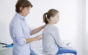 Особенности и профилактика остеохондроза у школьников