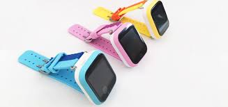 baby watch q100 — это смарт часы для детей с gps.