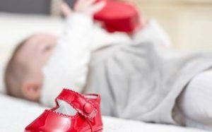 Как выбрать первую обувь ребенку Как выбрать первую обувь ребенку