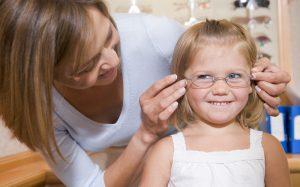 10 причин срочно проверить зрение ребенка