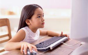 Специалисты выяснили, что дети ищут в интернете