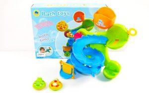 Игрушки для купания в ванне и в море