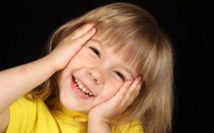 Дети, выросшие в неполных семьях, меньше довольны жизнью