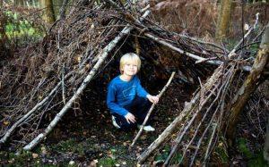 Воспитание ребёнка: организация досуга ребёнка в саду и на огороде