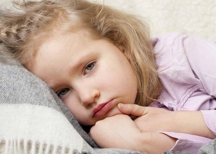 Чем лечить конъюнктивит у детей
