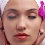 Как сделать массаж лица самостоятельно