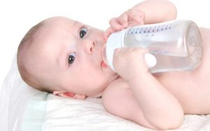 Режим питья ребенка первого года жизни