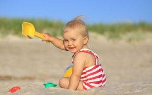 Что взять с собой на море с ребенком — список?