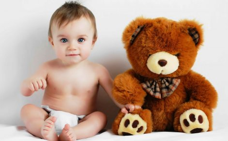 Как играть с гиперактивным малышом?