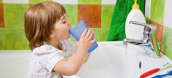 Почему ребенок заикается? Как справиться с проблемой?