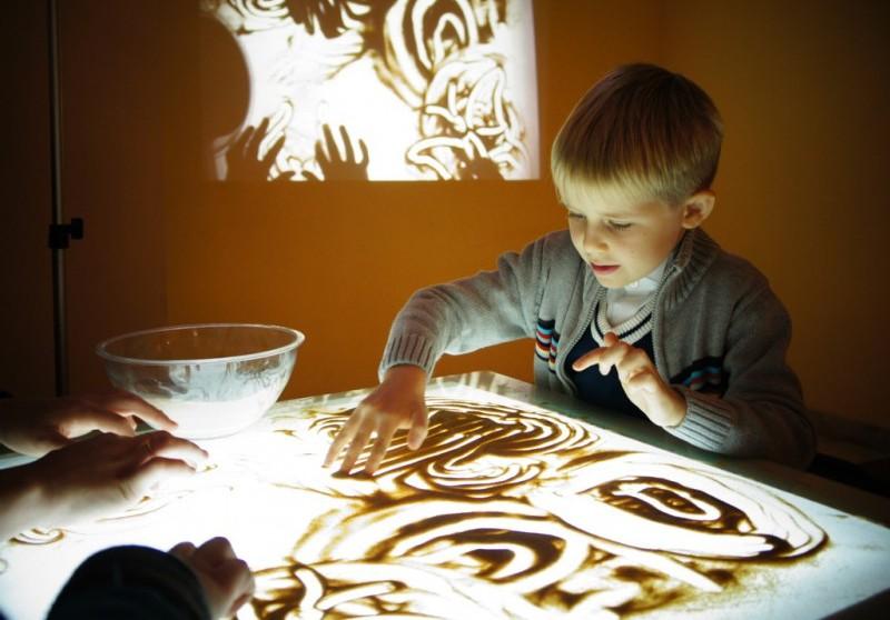 Польза рисования песком для детей