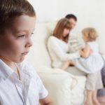 Ревность у детей - как правильно реагировать родителям?