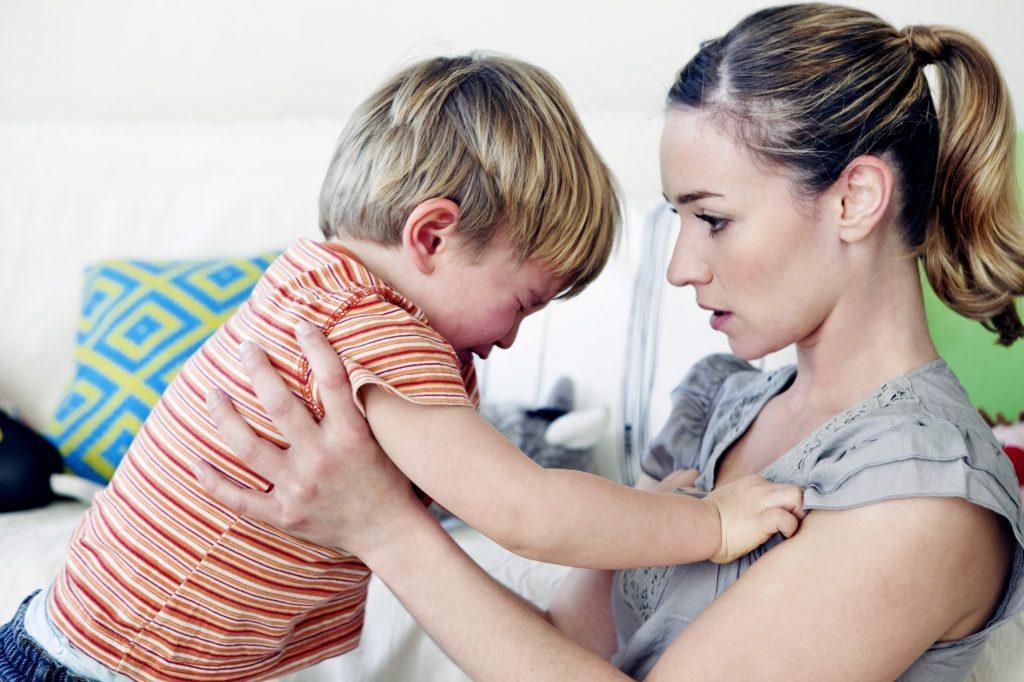 Как научить детей переживать стресс? Не говорите «Не плачь!»