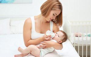 Живая легенда: роль кефира в прикорме для малыша