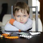 Противовирусные средства для детей: чем лечить грипп и ОРВИ у малышей?