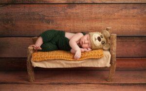 Как уложить новорожденного спать, чтобы малыш отдохнул, а мама не нервничала?