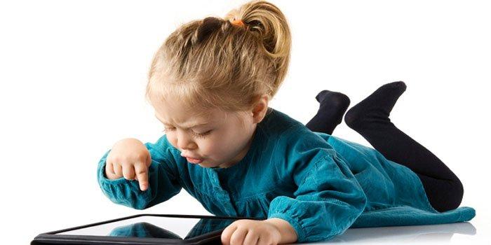 Ребенок и планшет: три правила взаимодействия