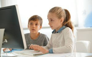 Мозги — это бесплатно: топ интересных онлайн-курсов для школьников