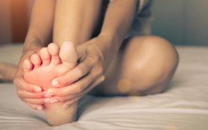 Отеки ног после родов: причины и методы лечения