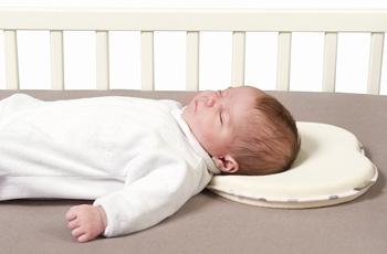 В чем забирать ребенка из роддома зимой