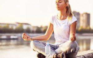 Медитация поможет подросткам лучше питаться