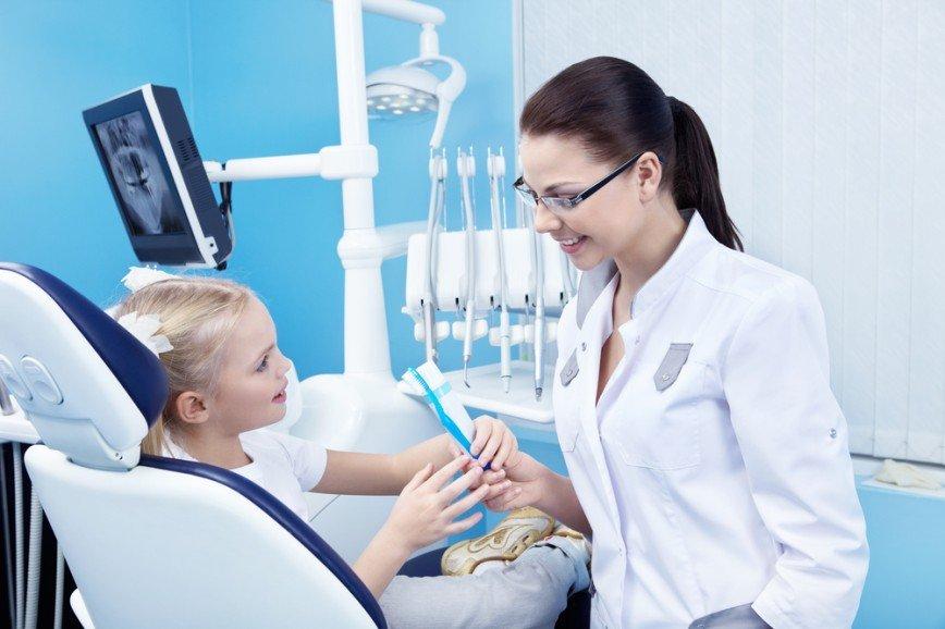ТОП-10 мифов о детской стоматологии