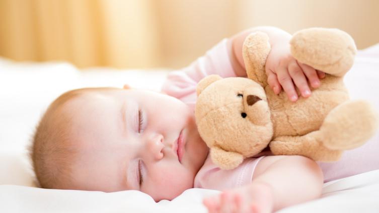 В чем причины икоты у новорожденного?