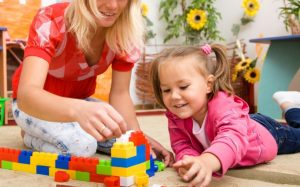 Роль взрослого в детских играх