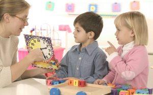Ученые нашли доказательство того, что девочки умнее мальчиков