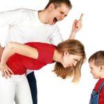 Как воспитывать ребенка не запугивая?