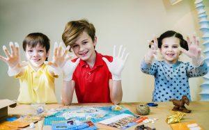 Особенности выбора полезных детских игрушек